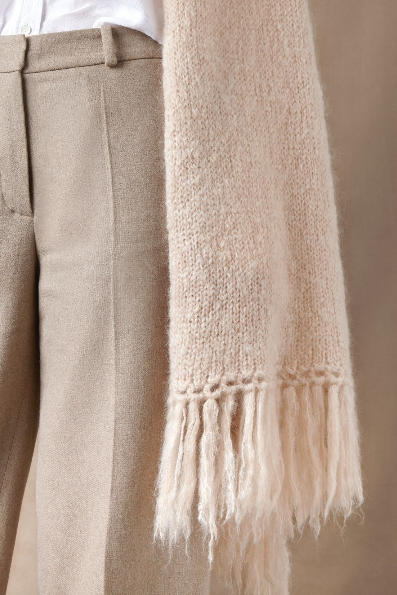 Bets mohair wool scarf from Dutch goats detail fringe.