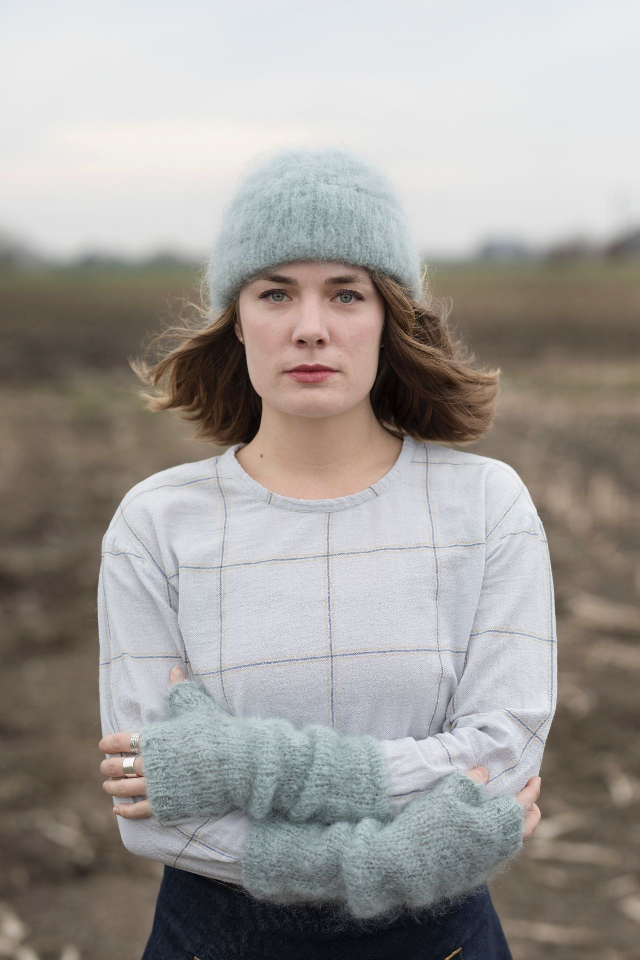 Betsie hanging beanie with rib cord of mohair with model.