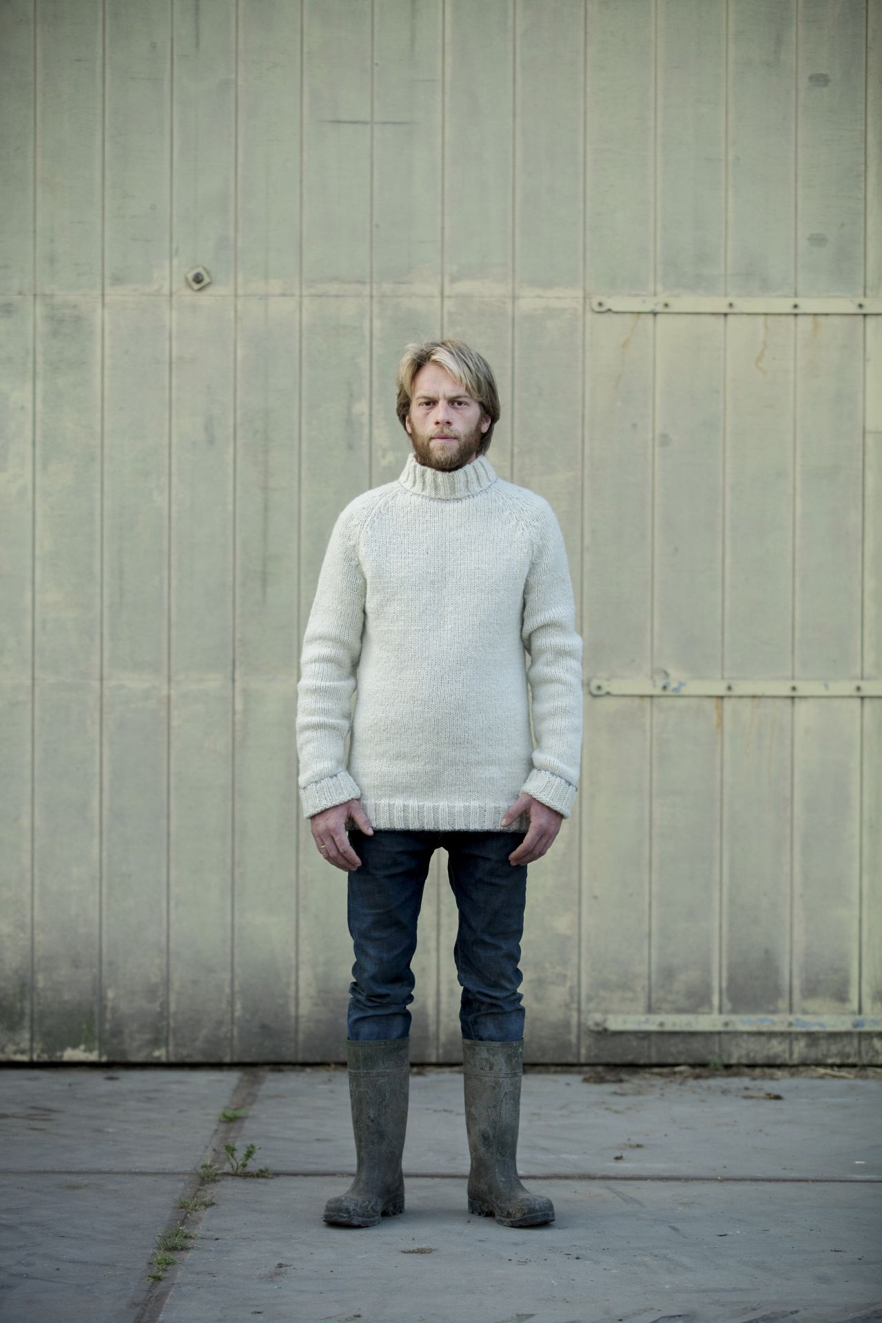 Dirko men's sweater natural wool mix and alpaca with model.