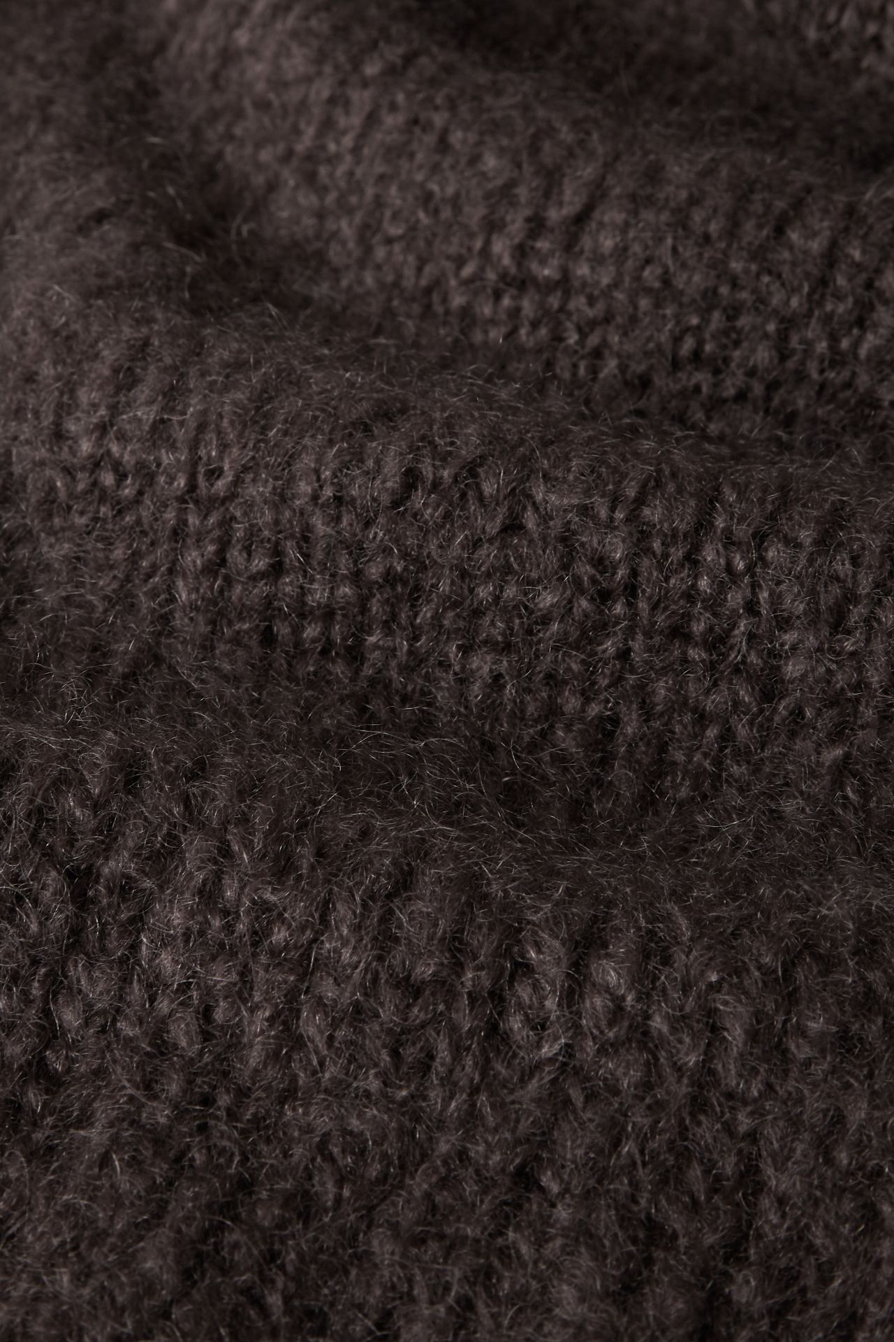 Mohair taupe knit detail.