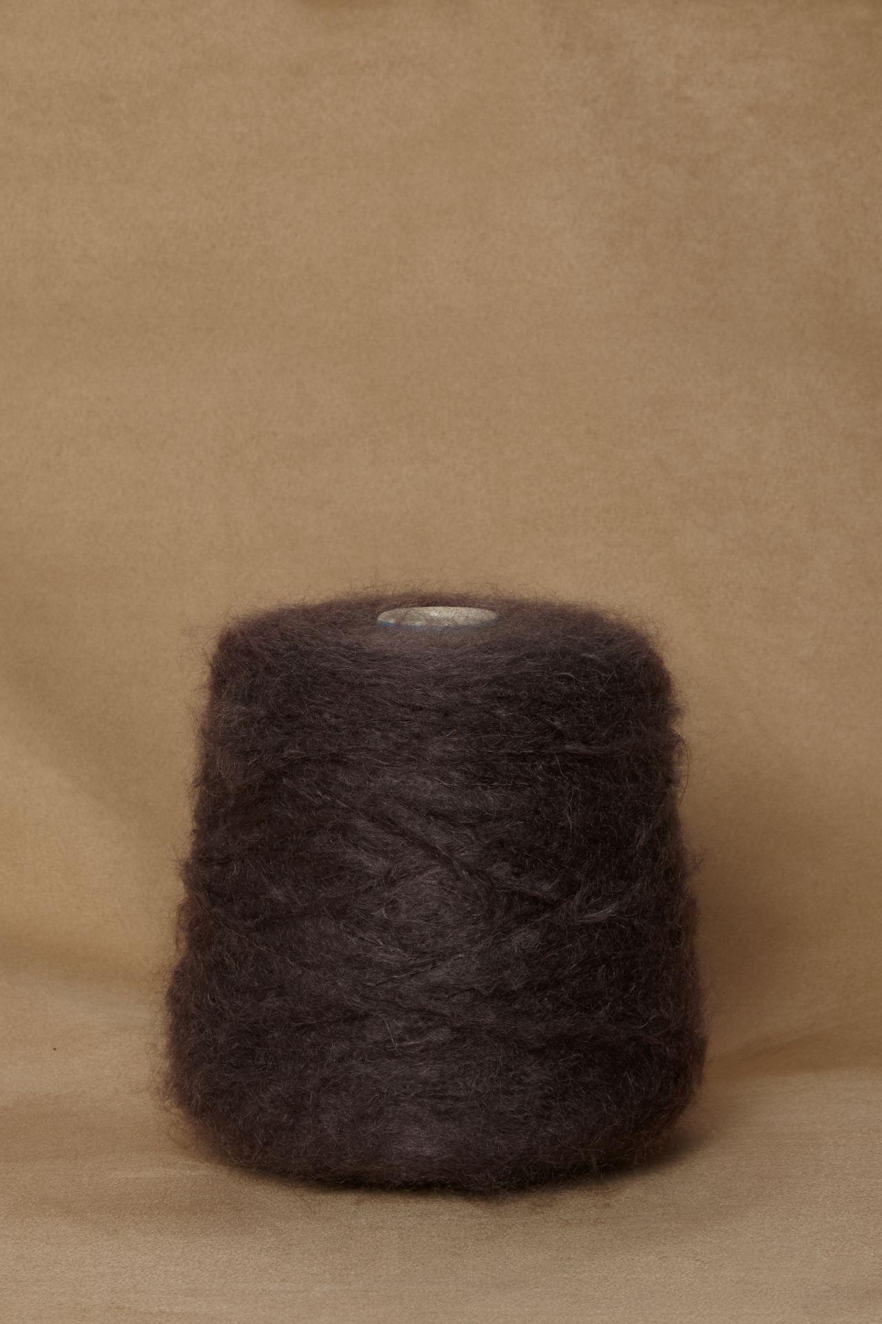Mohair taupe yarn packshot.