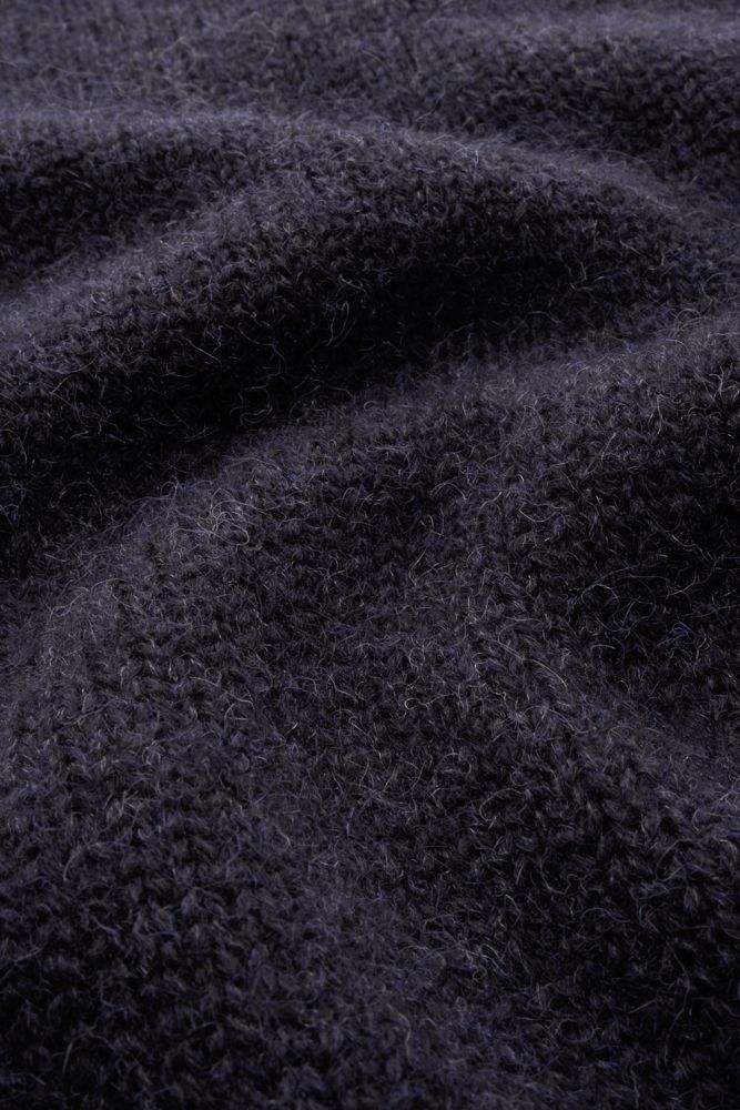 Joe Merino sweater made of Dutch wool detail knit.