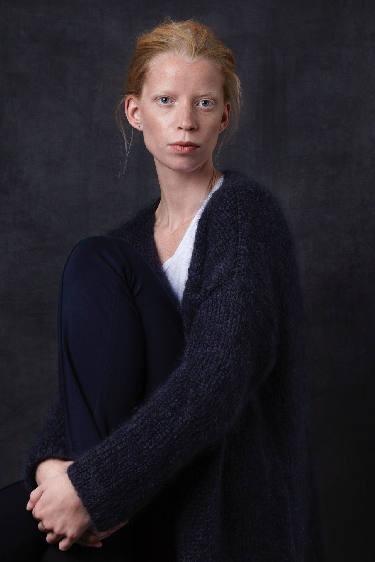 Jet long loose-fitting ladies cardigan made of mohair wool with model.